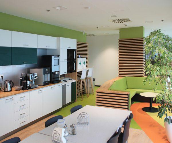 Citibank Bratislava Renovace interiéru - kuchyň a jídelna