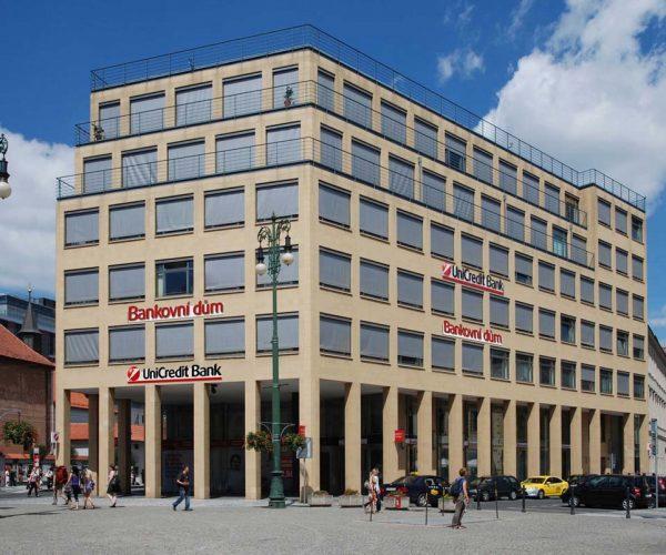 Rekonstrukce bankovního domu UniCredit Bank – budova