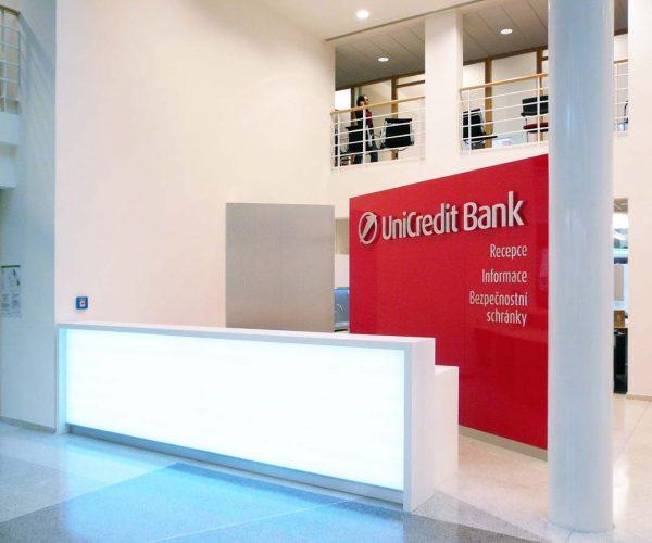 Rekonstrukce bankovního domu UniCredit Bank – náměstí Republiky - recepce